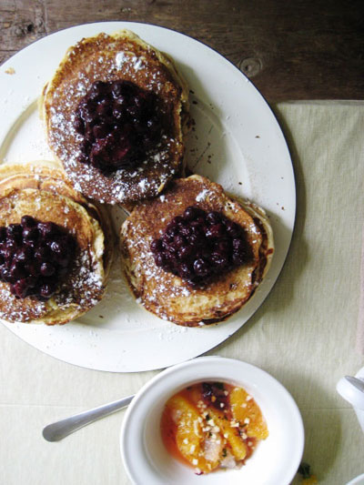 pancakes with mixed berry compote