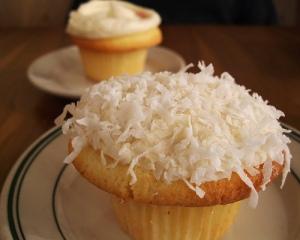 Coconut Cupcake. Yum!