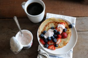 crepe with berries & yogurt... oh, & coffee